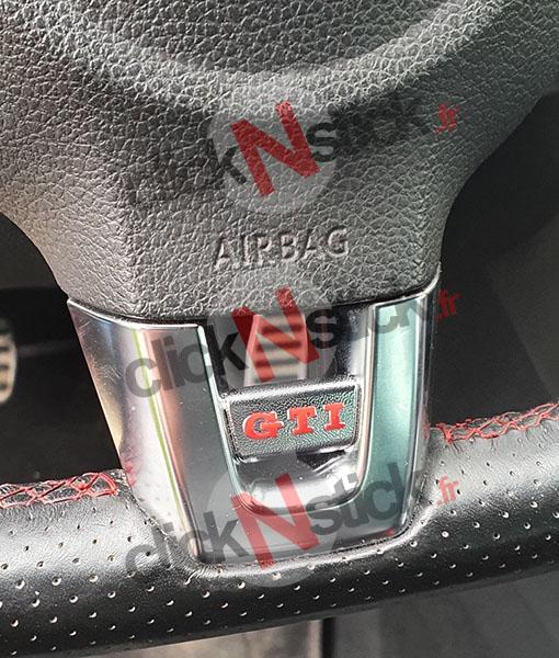 sticker couleur au choix pour volant de golf 6 GTI